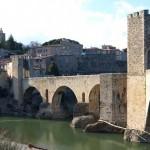 Mittelalterliche Brücke von Besalú