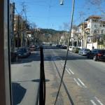 """Fahrt mit der """"Blauen Strassenbahn"""" auf der Avinguda del Tibidabo"""